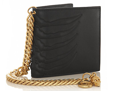 The skeleton has provided inspiration for many artists, in this case the design team at Alexander Mcqueen who have created a unique wallet with practicality and style in one.