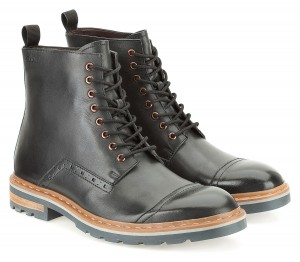Dargo Rise Black Boots - Clarks - £100
