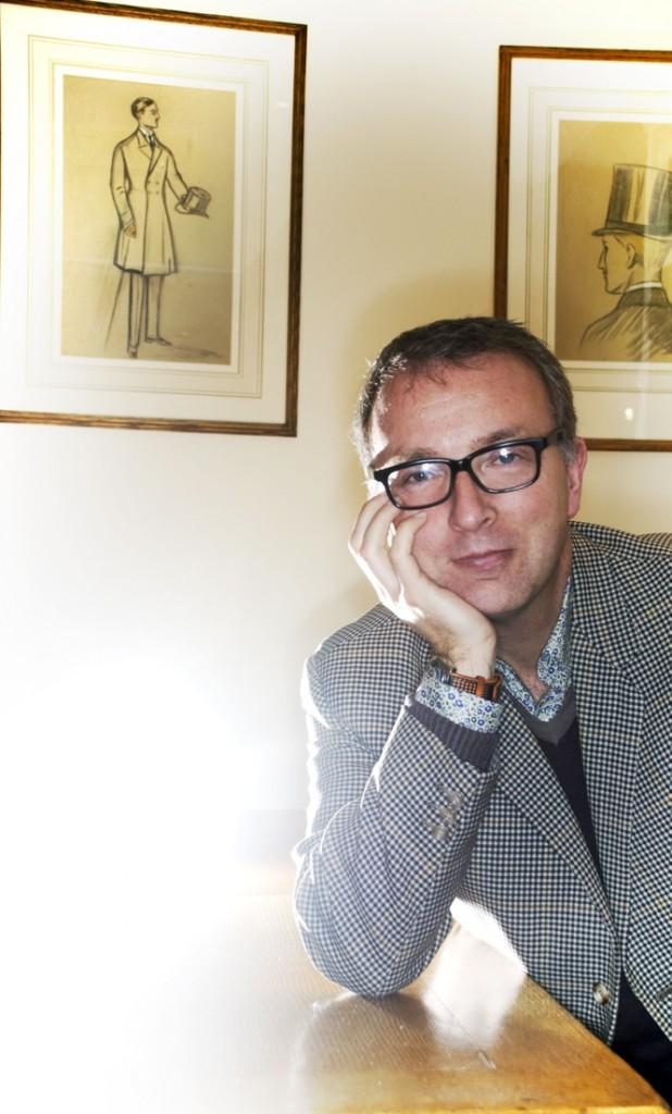 Mr Simon Carter