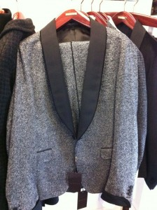 I'm a sucker for a good tuxedo and this is a GREAT example. Tweed is a massive trend for Autumn/Winter 13 and this tuxedo from Gucci is simply AMAZING.