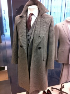 Knock em dead in the office when you walk in fresh after your summer holidays and wanting that promotion. As we said Tweed is a massive trend for next season and wearing it can sometimes be tricky, not in this Reiss Outfit.
