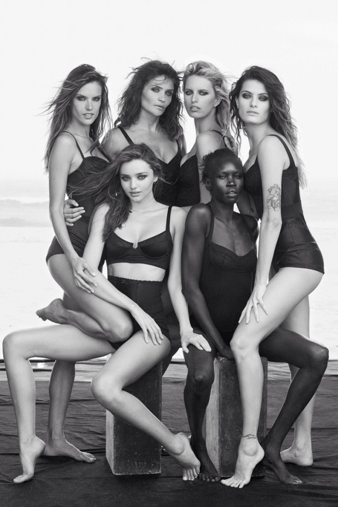 Helena and a couple of gal-pals including Alek Wek and Miranda Kerr