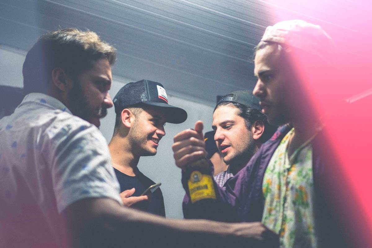 5 Party Hosting Tips for Introvert Men